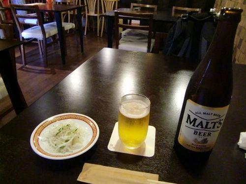佳佳小吃ビール.jpg