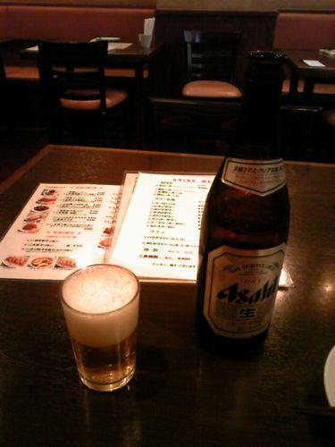 呉さんの厨房ビール.jpg
